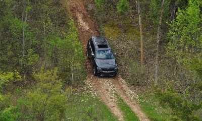 2014 Jeep Grand Cherokee Shows Its Trail Rated Skills Off-Road 23