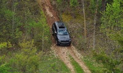 2014 Jeep Grand Cherokee Shows Its Trail Rated Skills Off-Road 24