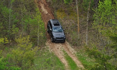 2014 Jeep Grand Cherokee Shows Its Trail Rated Skills Off-Road 25