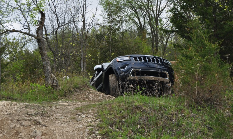 2014 Jeep Grand Cherokee Shows Its Trail Rated Skills Off-Road 36