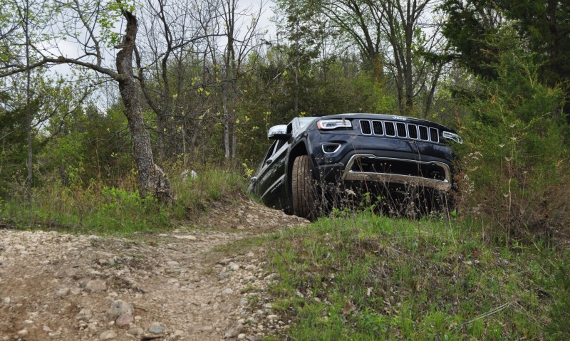 2014 Jeep Grand Cherokee Shows Its Trail Rated Skills Off-Road 37