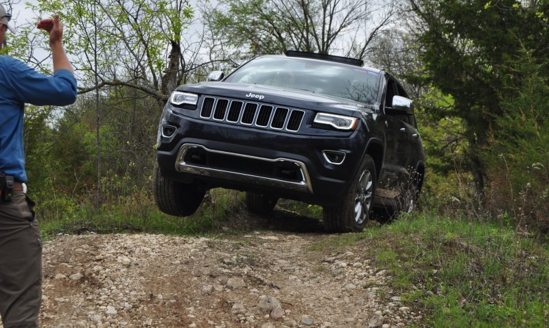 2014 Jeep Grand Cherokee Shows Its Trail Rated Skills Off-Road 43