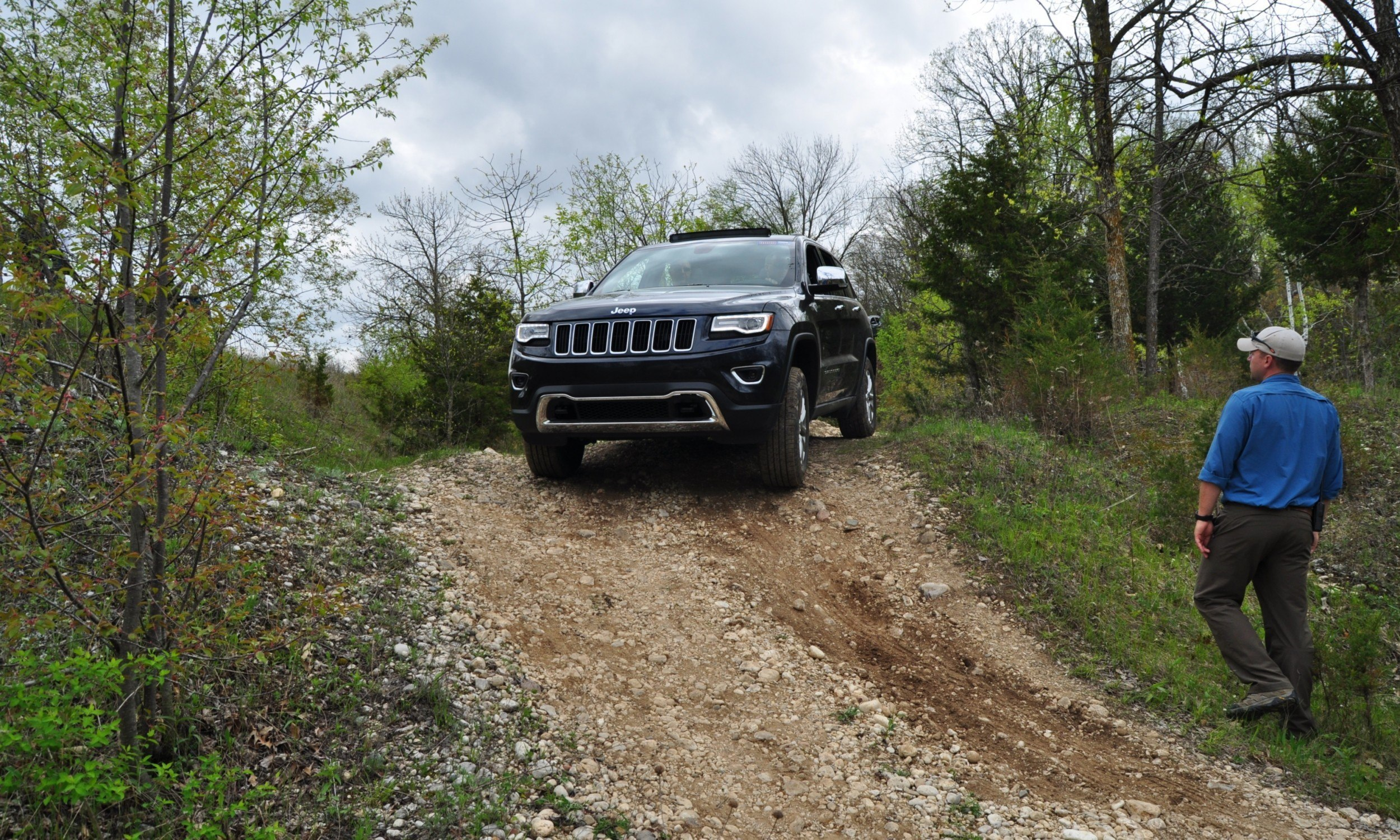 2014 Jeep Grand Cherokee Shows Its Trail Rated Skills Off-Road 44