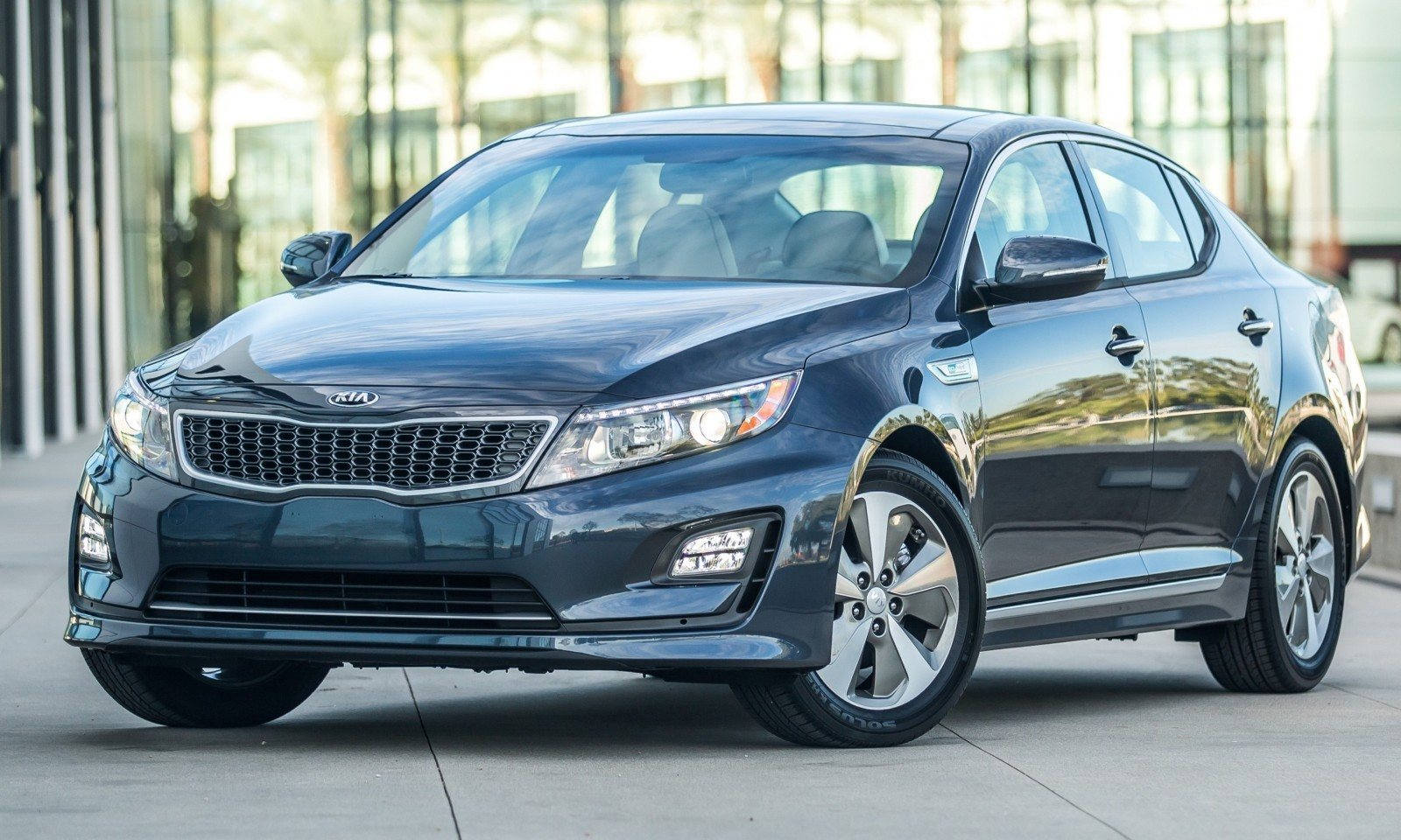 2014 Kia Optima Hybrid Updated With New Grille and LEDs Front and Rear - Specs, Features and Pricing 2