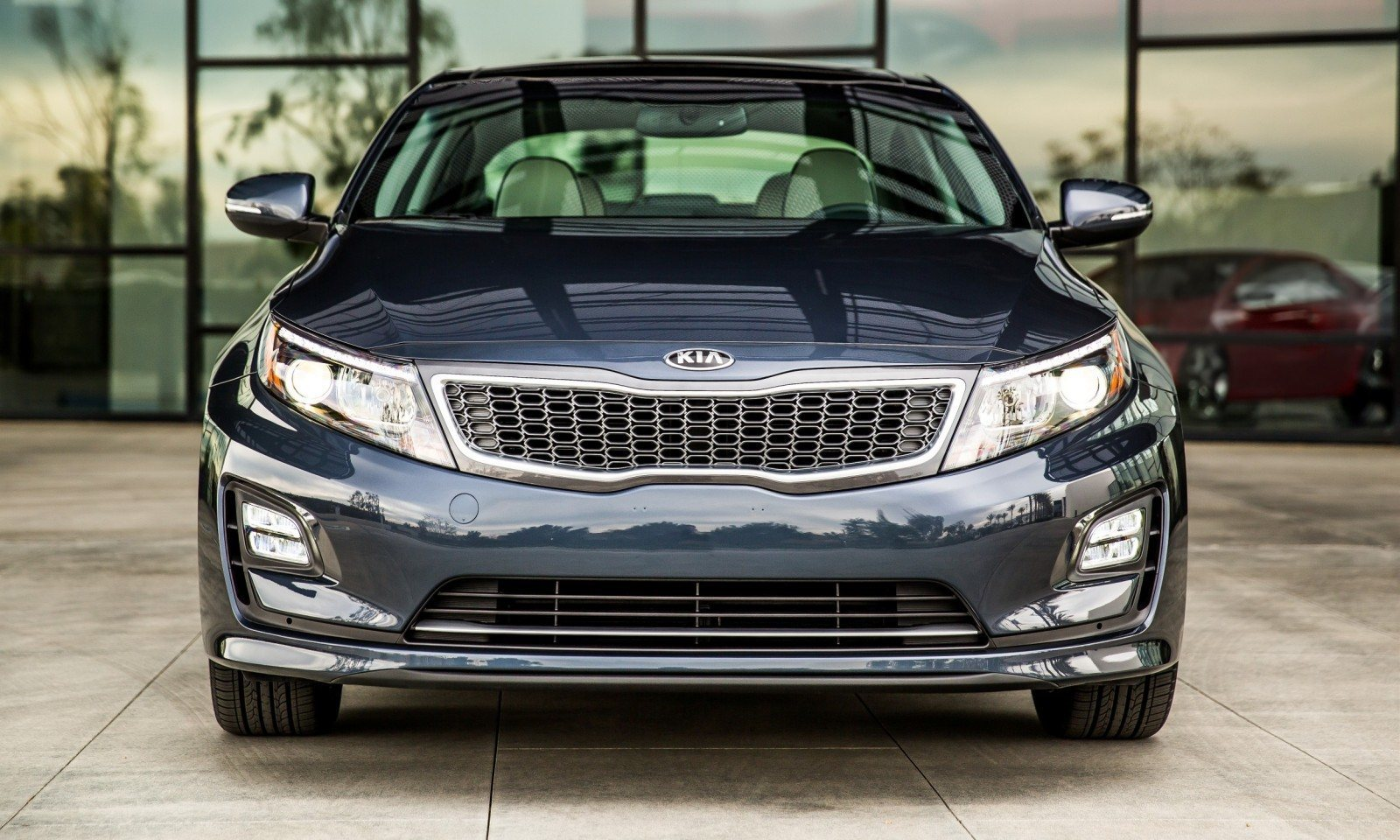 2014 Kia Optima Hybrid Updated With New Grille and LEDs Front and Rear - Specs, Features and Pricing 7