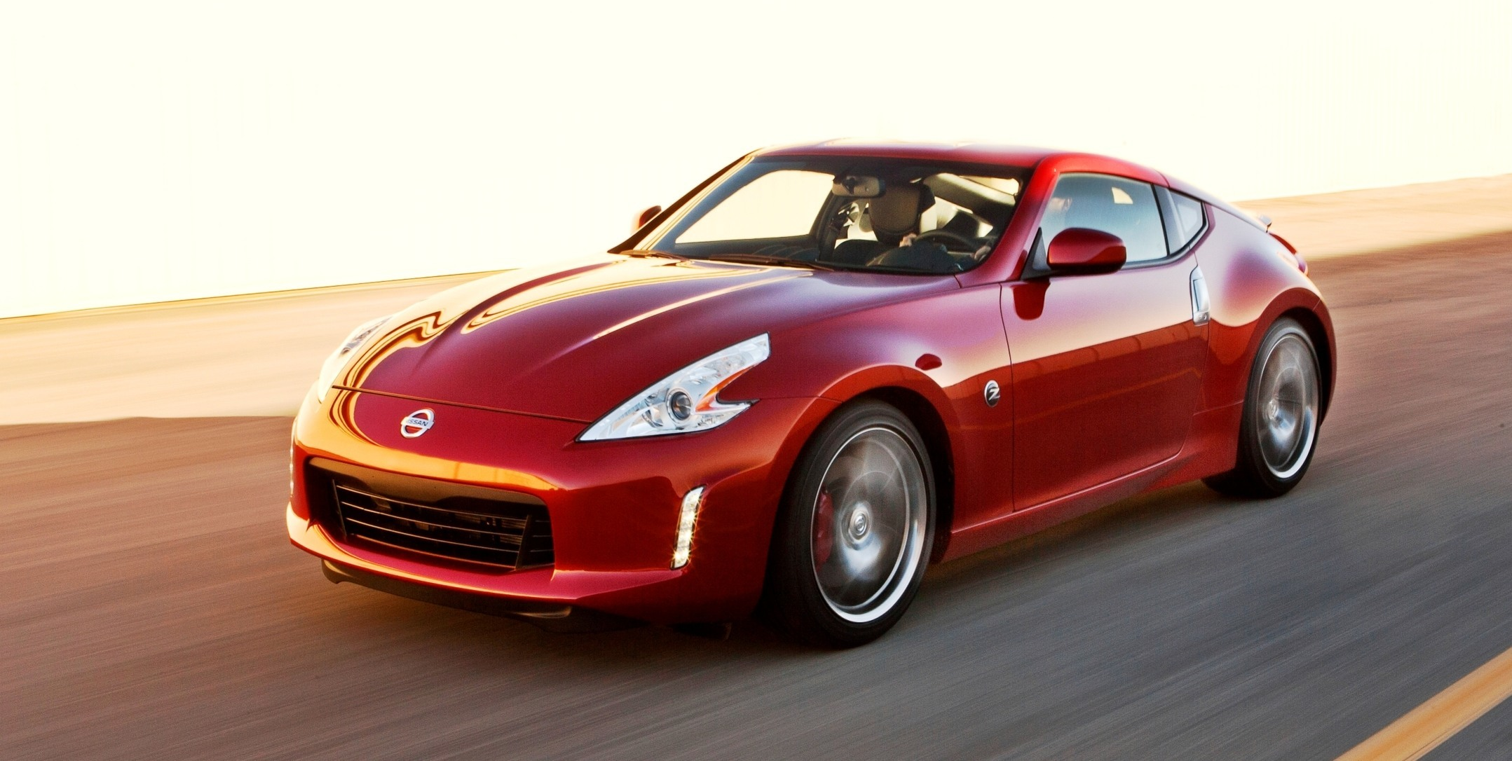 2014 nissan 370z coupe colors specs options and prices. Black Bedroom Furniture Sets. Home Design Ideas
