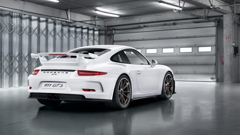 2014 Porsche 911 GT3 Is 9000-RPM Boxer Bliss 21