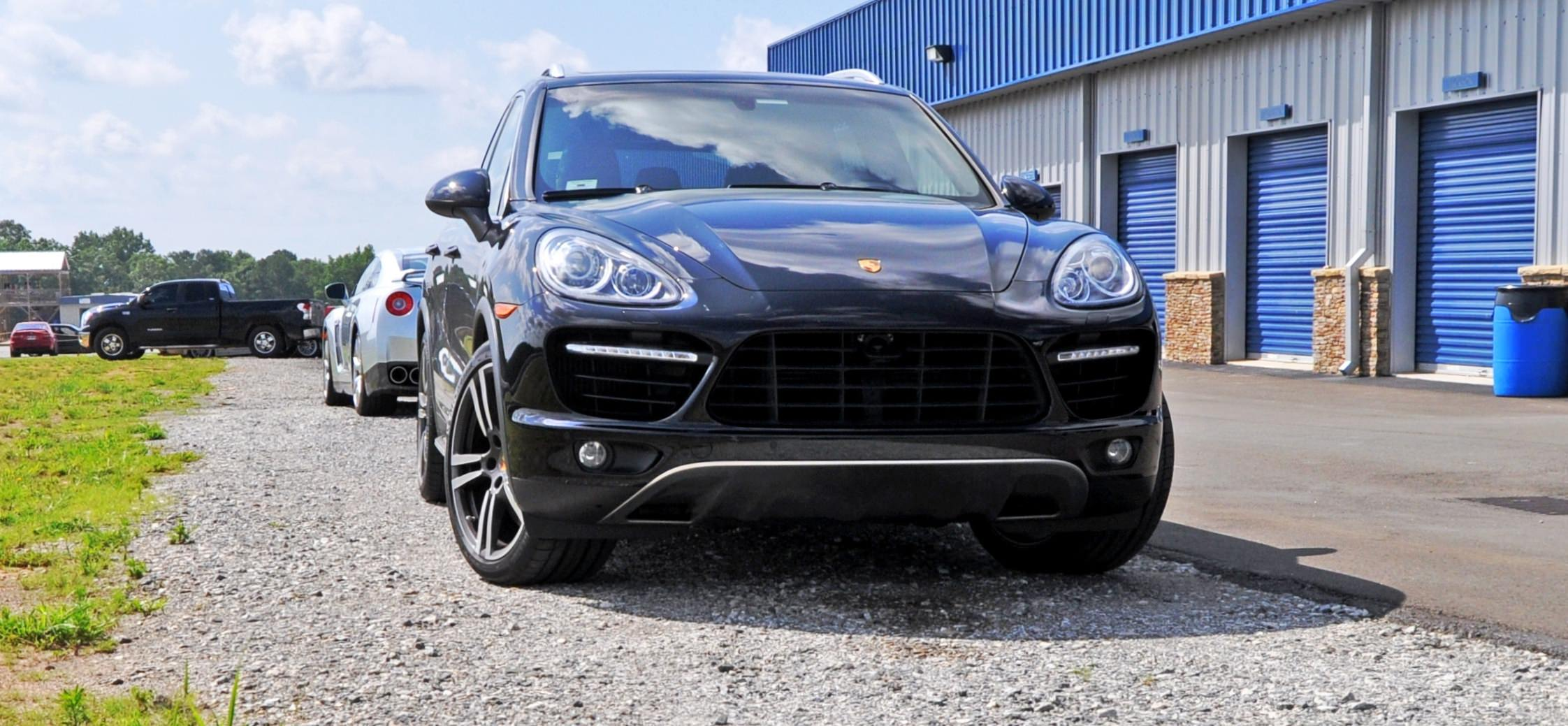 2014 porsche cayenne turbo 33. Black Bedroom Furniture Sets. Home Design Ideas