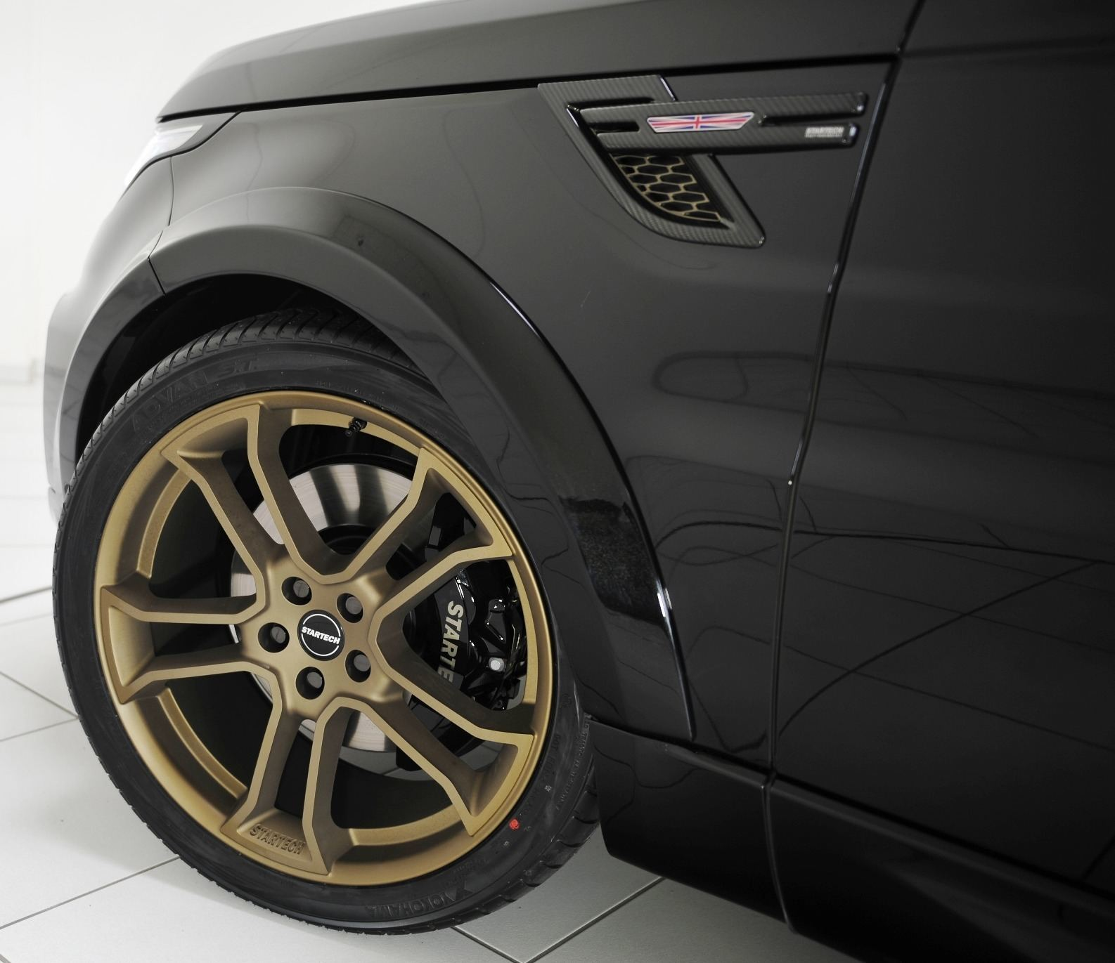 2014 Range Rover Sport STARTECH Widebody On 23-Inch Wheels