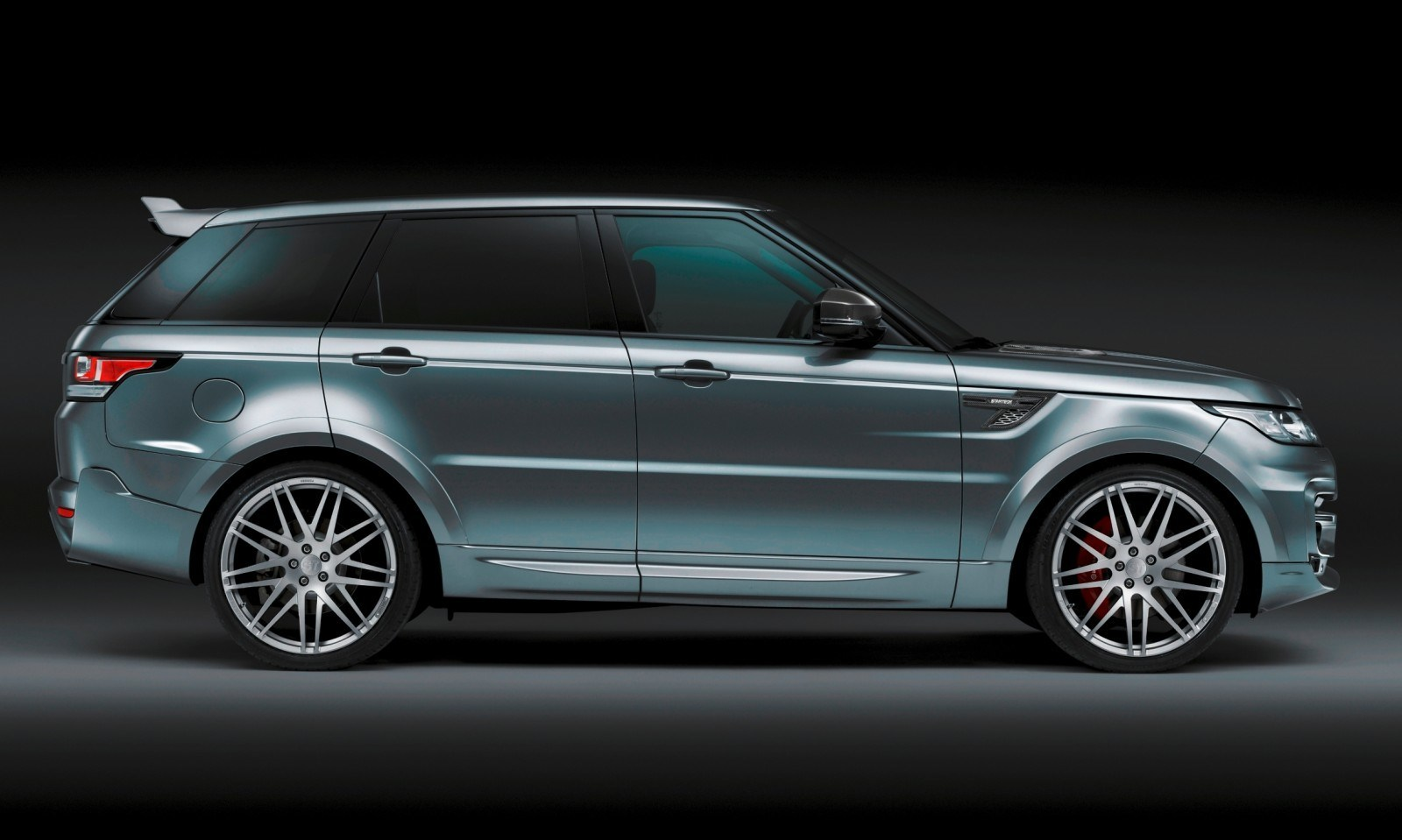 2014 Range Rover Sport STARTECH Widebody on 23-Inch Wheels Looks Amazing 3