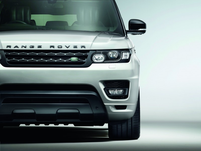2014 Range Rover Sport Stealth Pack Brings Black 21s or 22-inch Wheels 1