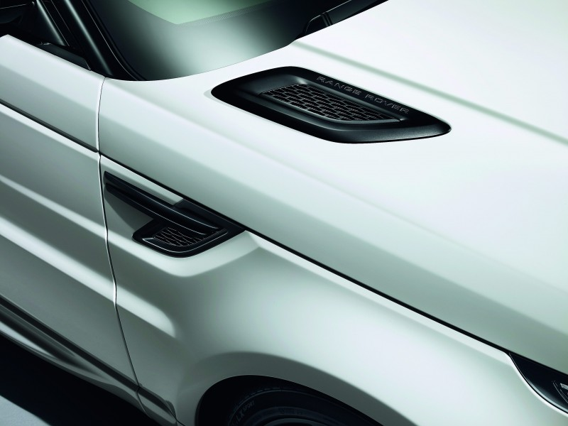 2014 Range Rover Sport Stealth Pack Brings Black 21s or 22-inch Wheels 4