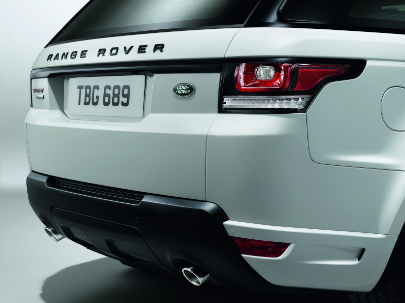 2014 Range Rover Sport Stealth Pack Brings Black 21s or 22-inch Wheels 5