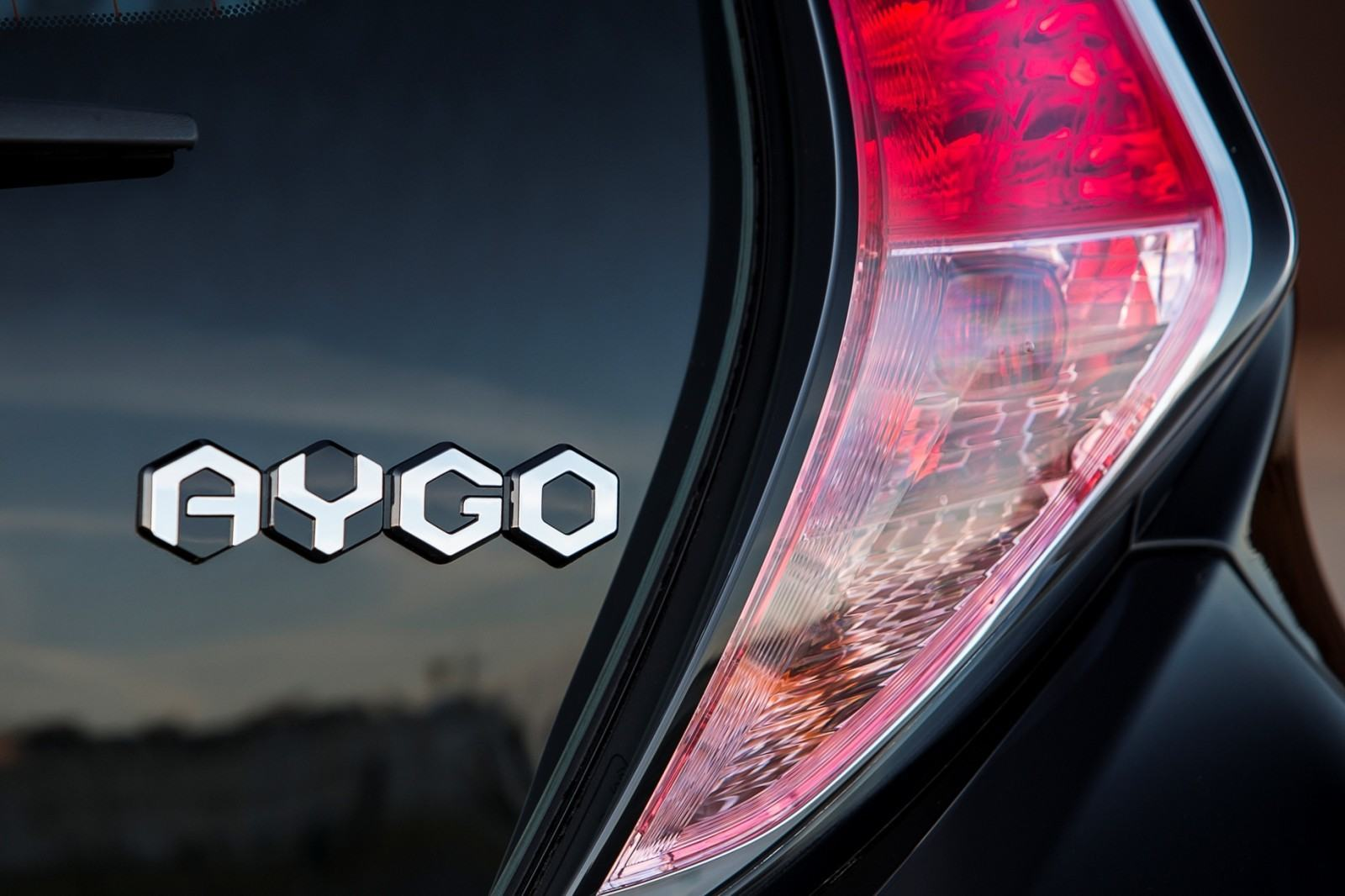 2014 Toyota Aygo Is Furious With You 7
