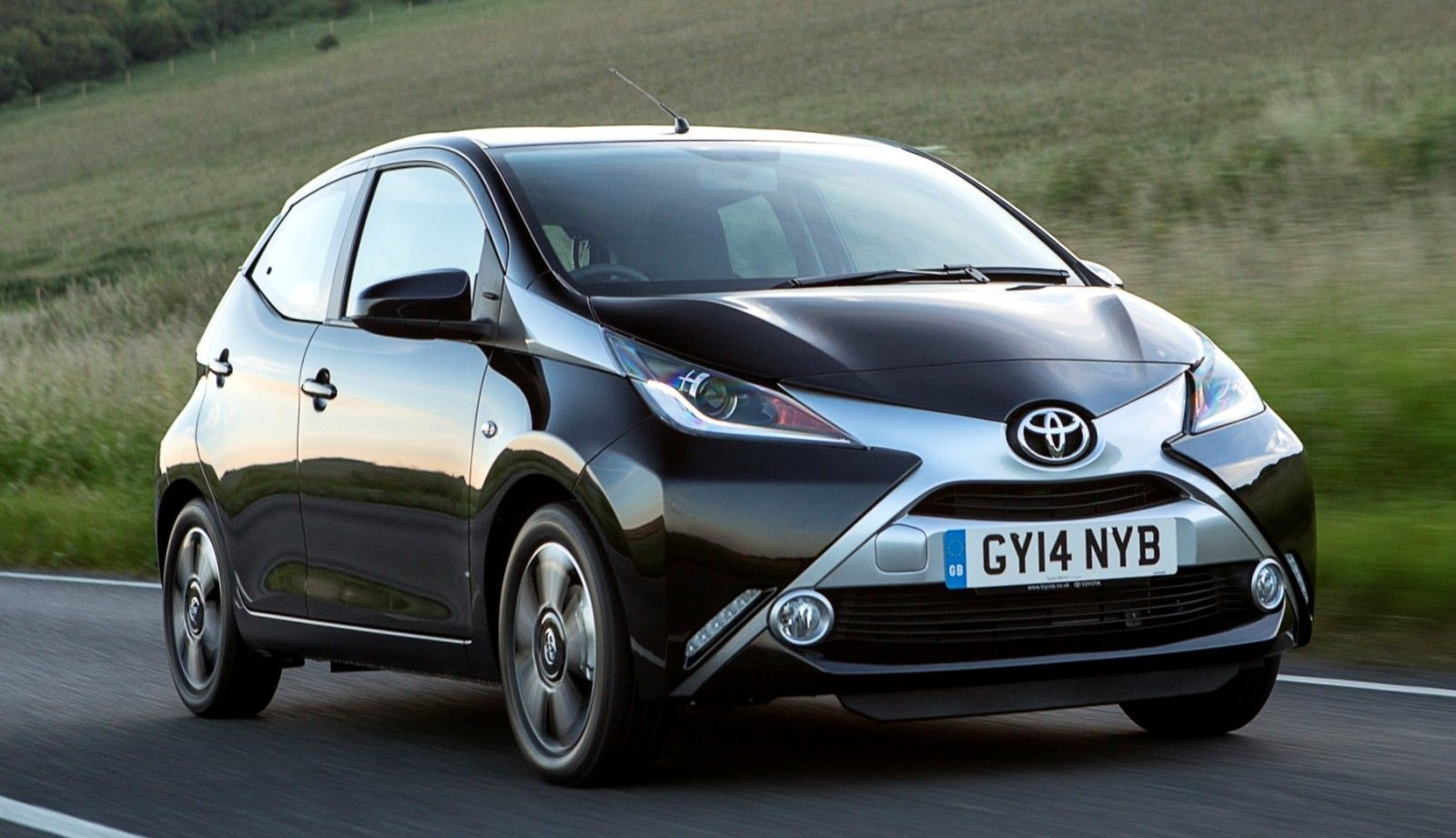2014 Toyota Aygo Is Furious With You 9