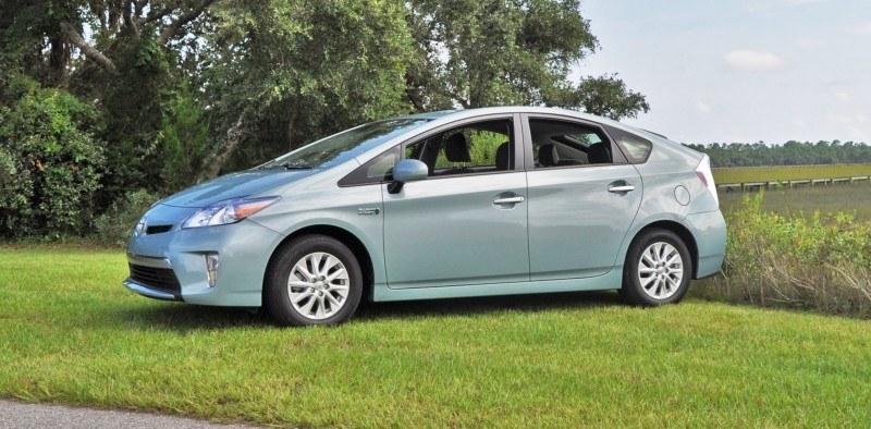 2014 Toyota Prius Plug-in Hybrid 19