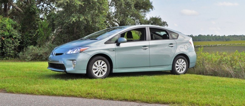 2014 Toyota Prius Plug-in Hybrid 20