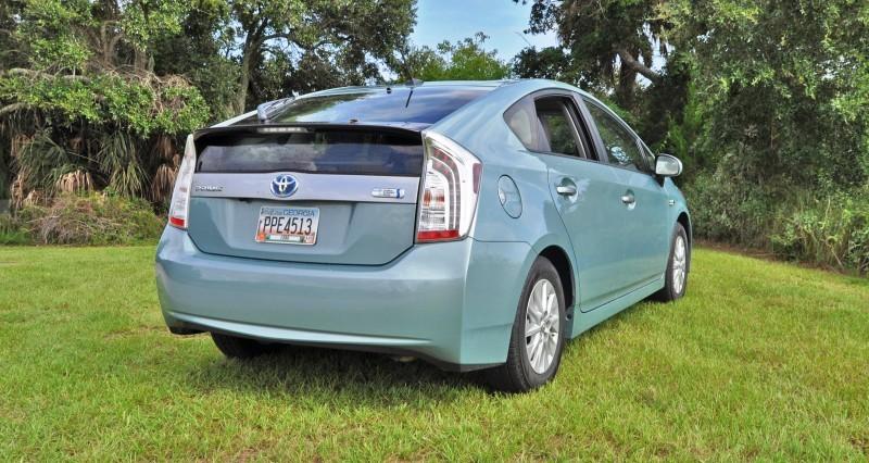 2014 Toyota Prius Plug-in Hybrid 73