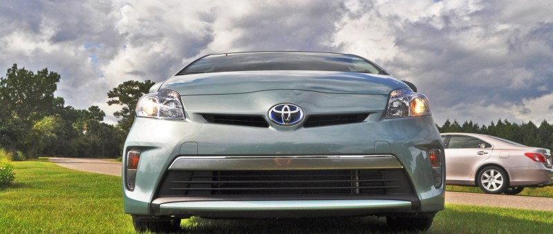 2014 Toyota Prius Plug-in Hybrid 90