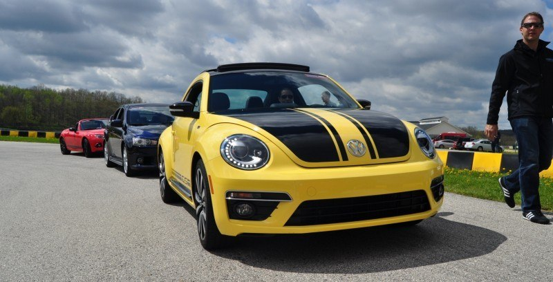 2014 Volkswagen Beetle GSR Scoots Around Go-Kart Autocross at Road America 22