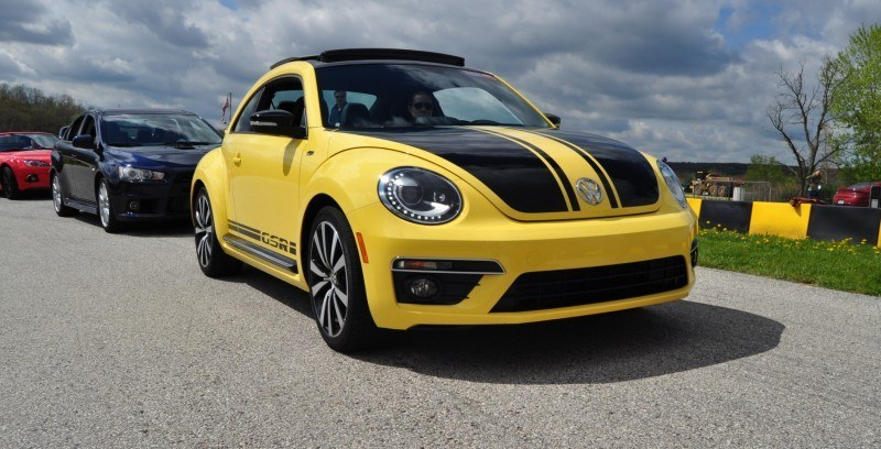 2014 Volkswagen Beetle GSR Scoots Around Go-Kart Autocross at Road America 23