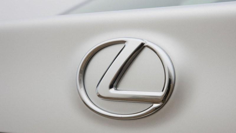 2014_Lexus_GS_350_047