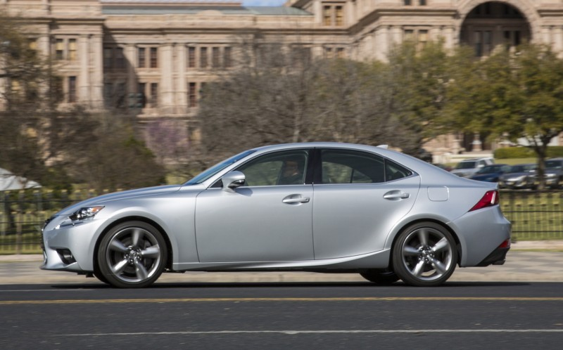 2014_Lexus_IS_350_021