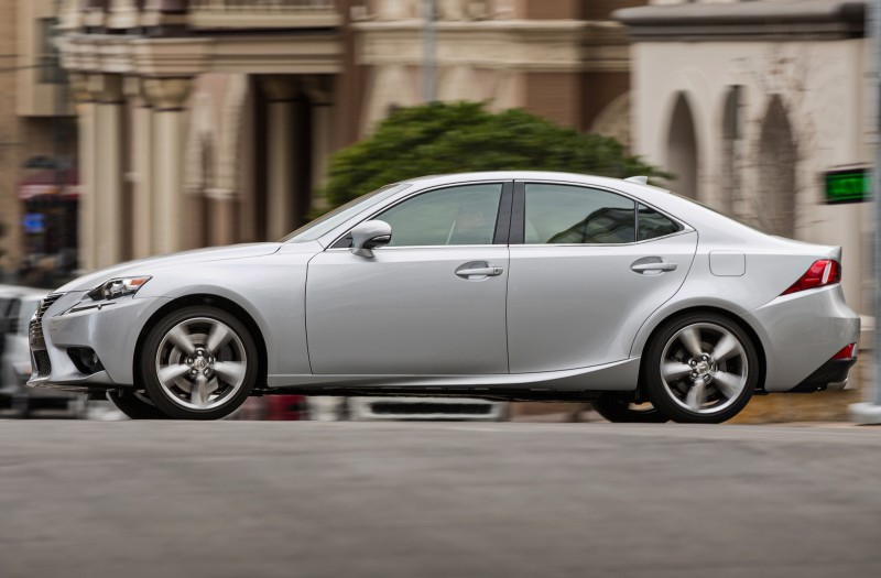 2014_Lexus_IS_350_022