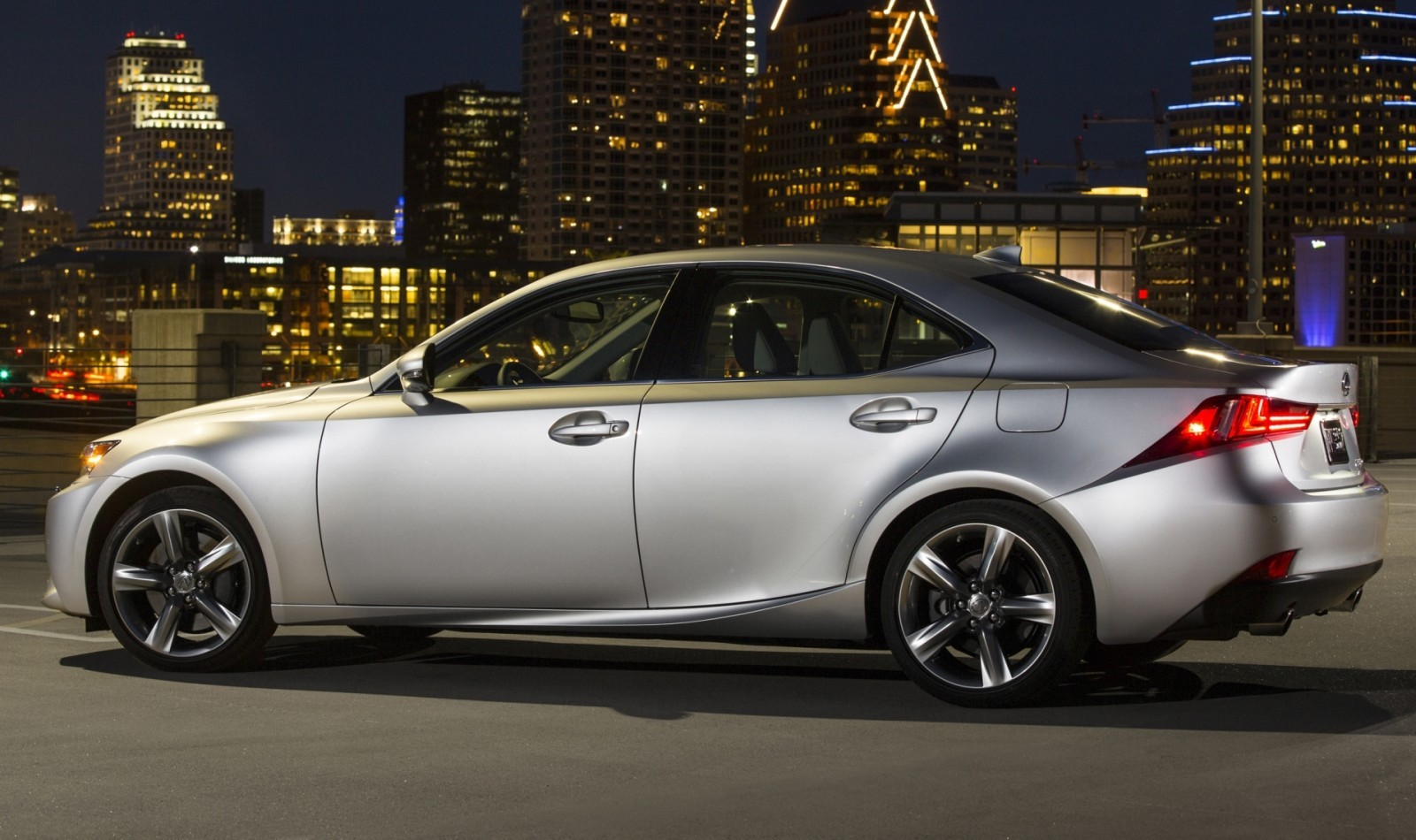 2014_Lexus_IS_350_024