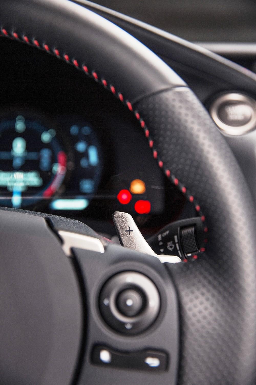 2014_Lexus_IS_350_F_SPORT_008