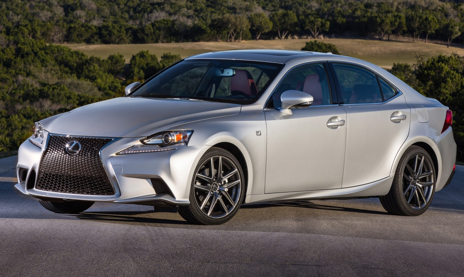 2014_Lexus_IS_350_F_SPORT_024