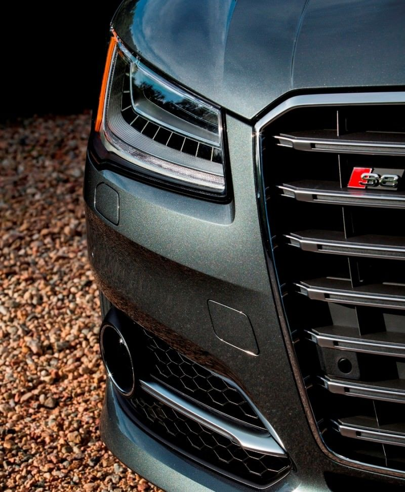 2015 Audi S8 with 520HP and 3.9s to 60MPH Is Quickest and Definitely The Coolest A8  27