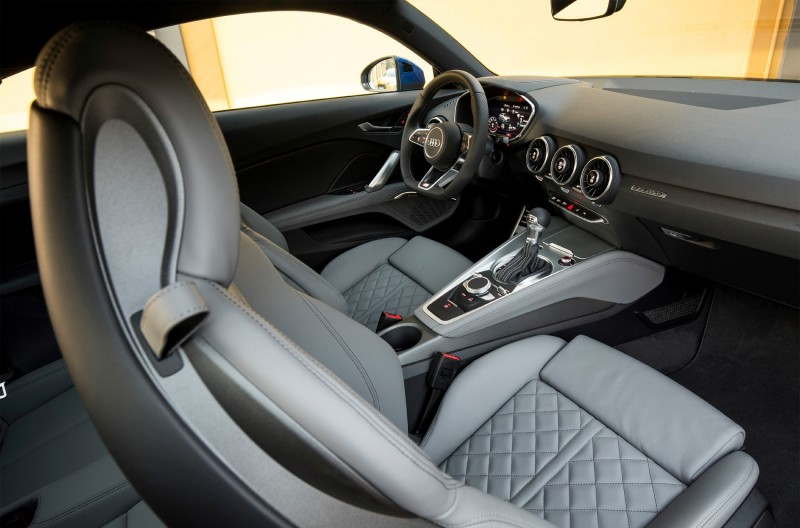 2015 Audi TT 8