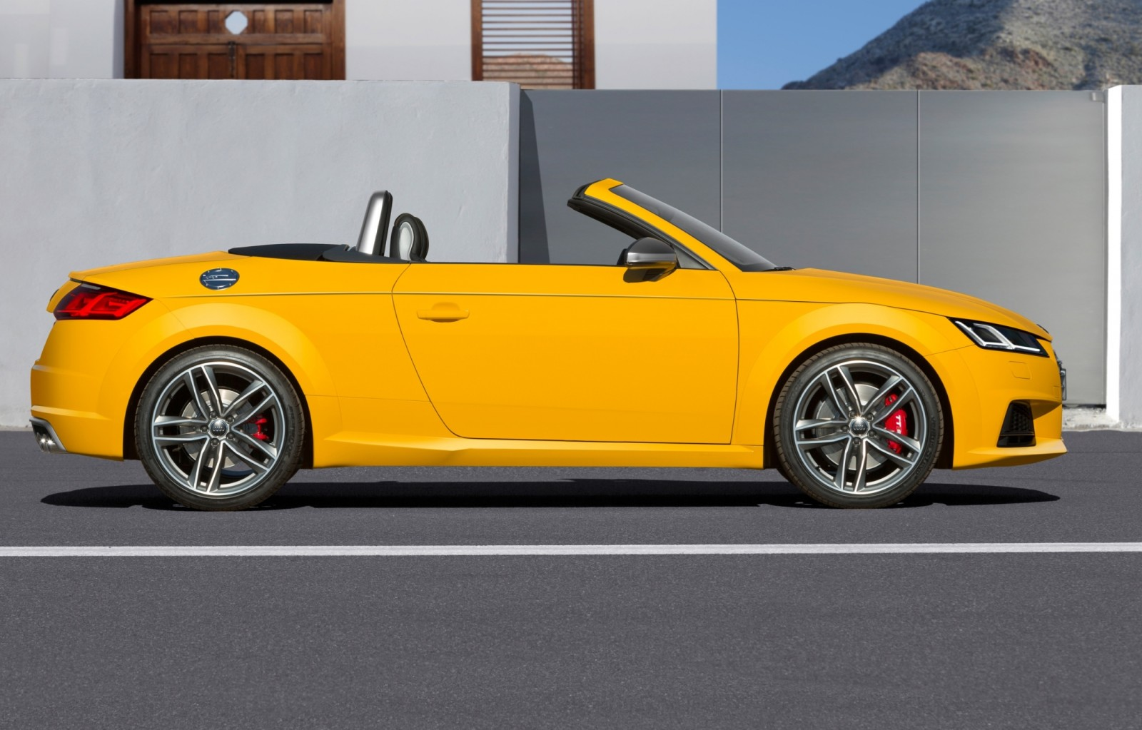 2015 Audi TT and TTS Roadster Revealed Before Paris Show 17