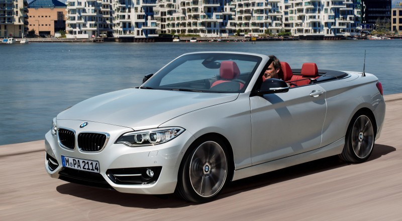 2015 BMW 228i and M235i Convertibles Make Tail-Out, Top-Down World Debut 22