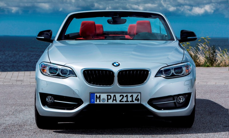 2015 BMW 228i and M235i Convertibles Make Tail-Out, Top-Down World Debut 28