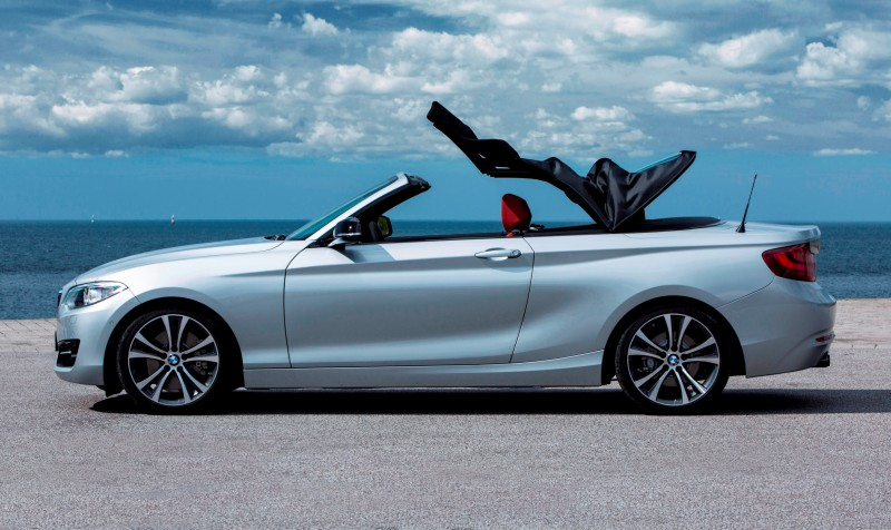 2015 BMW 228i and M235i Convertibles Make Tail-Out, Top-Down World Debut 33
