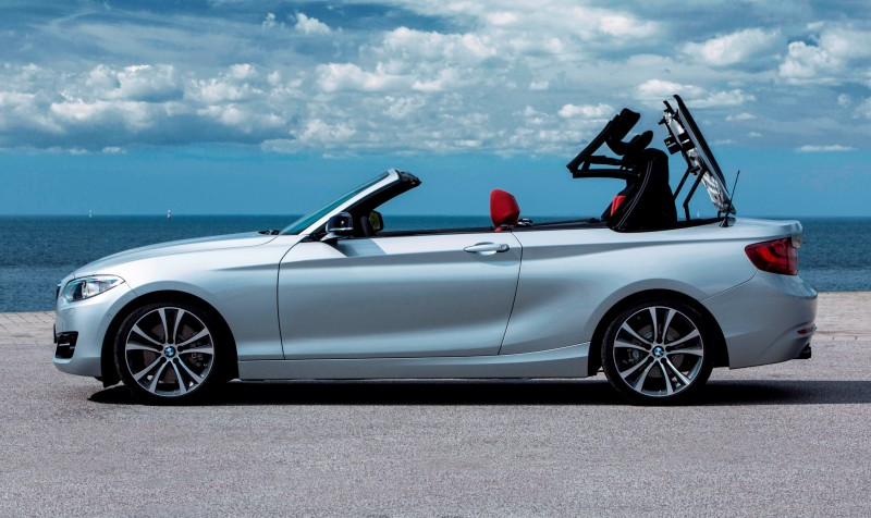 2015 BMW 228i and M235i Convertibles Make Tail-Out, Top-Down World Debut 36