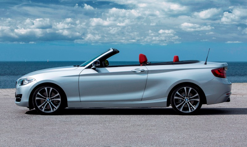 2015 BMW 228i and M235i Convertibles Make Tail-Out, Top-Down World Debut 38