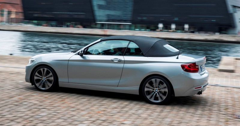 2015 BMW 228i and M235i Convertibles Make Tail-Out, Top-Down World Debut 51
