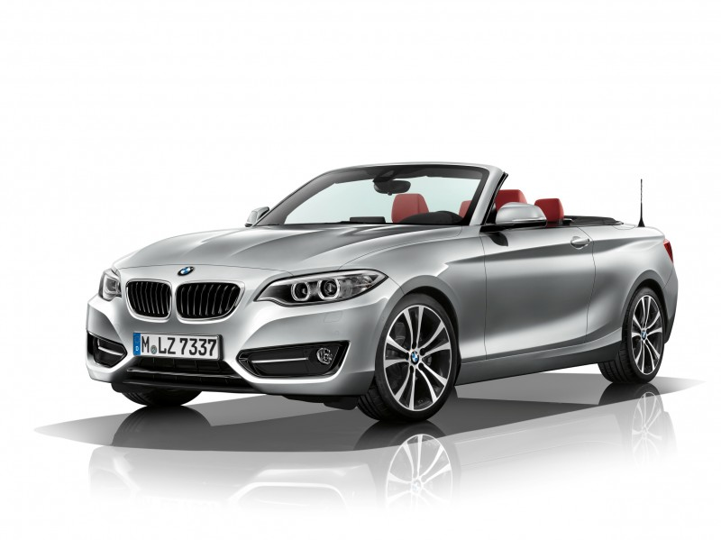 2015 BMW 228i and M235i Convertibles Make Tail-Out, Top-Down World Debut 8