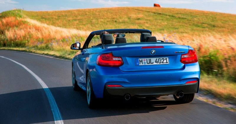 2015 BMW M235i Convertible 10