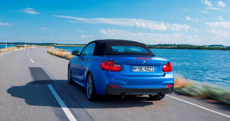 2015 BMW M235i Convertible 12