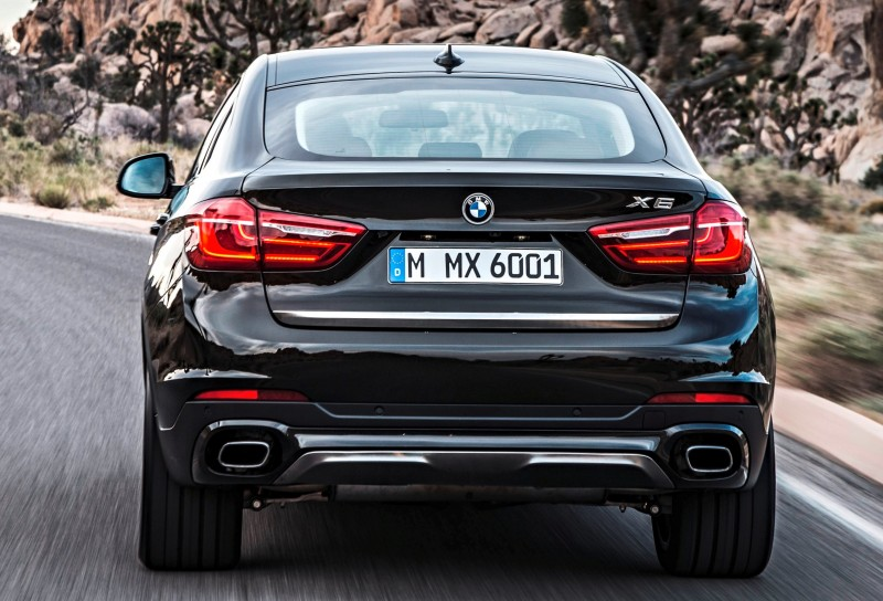 2015 BMW X6 Debuts Tech-tastic 445HP xDrive50i and New Rear-Drive sDrive35i 13