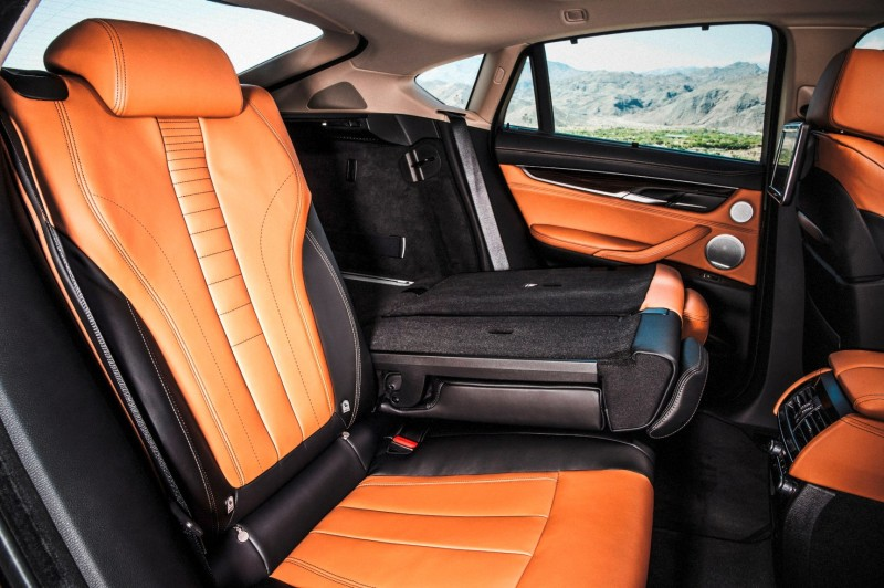 2015 BMW X6 xDrive50i INTERIOR 13