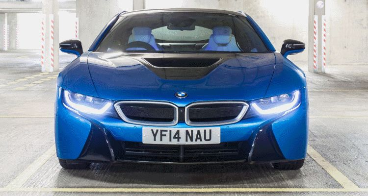 2015 BMW i8 london GIF1