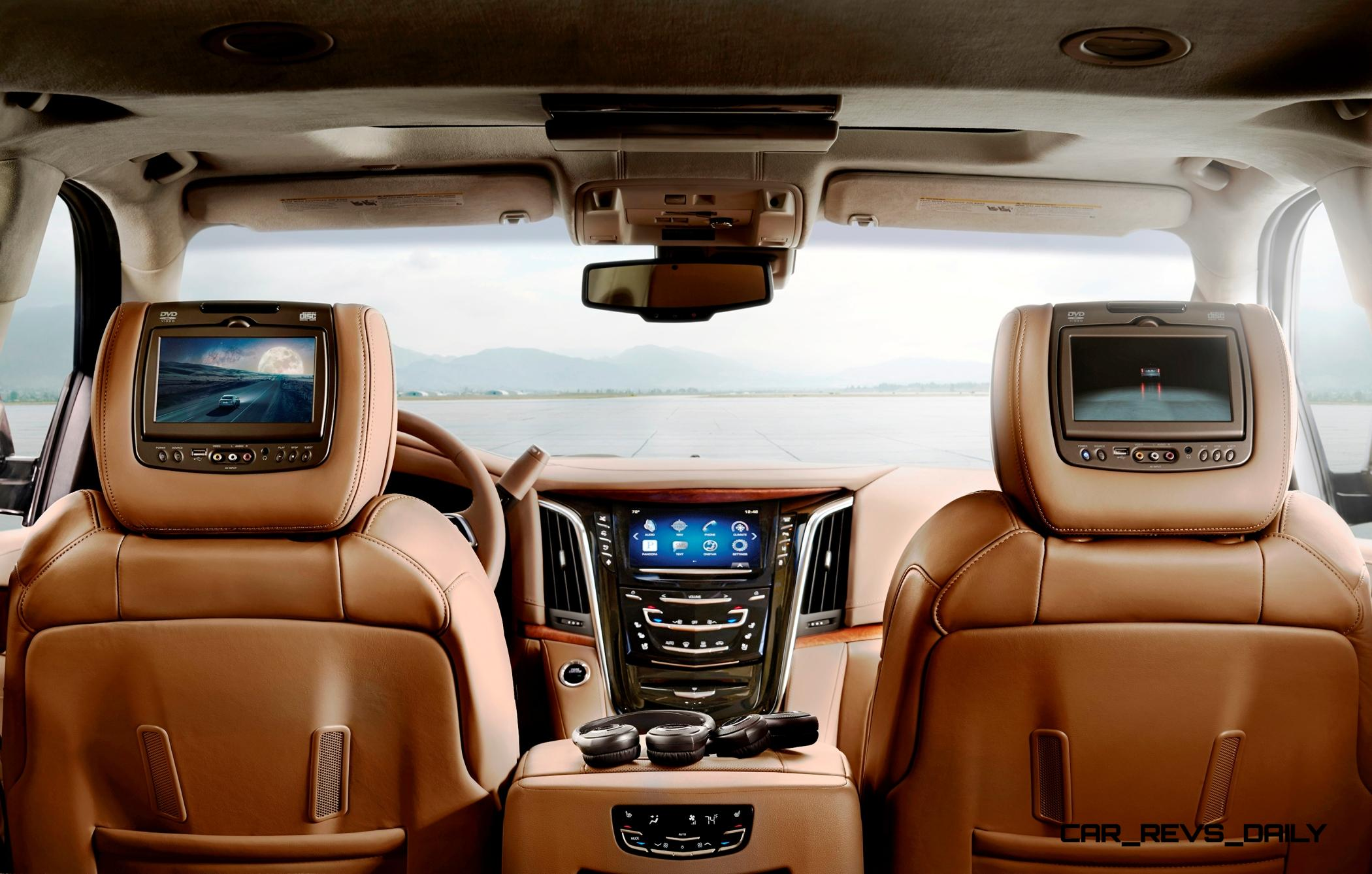 Cadillac Escalade Platinum >> 2015 Cadillac Escalade Platinum Brings New Crest Emblem, 8 ...