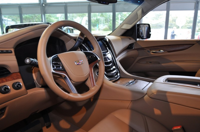 2015 Cadillac Escalade Platinum and Standard Model Unveiled for Pebble Beach 49