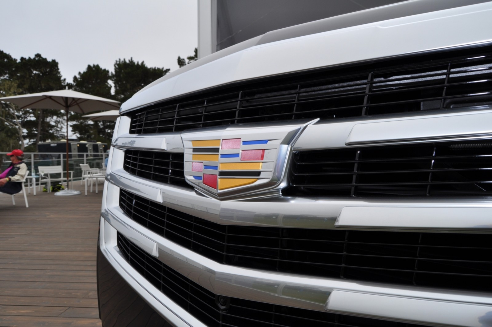 2015 Cadillac Escalade Platinum and Standard Model Unveiled for Pebble Beach 70