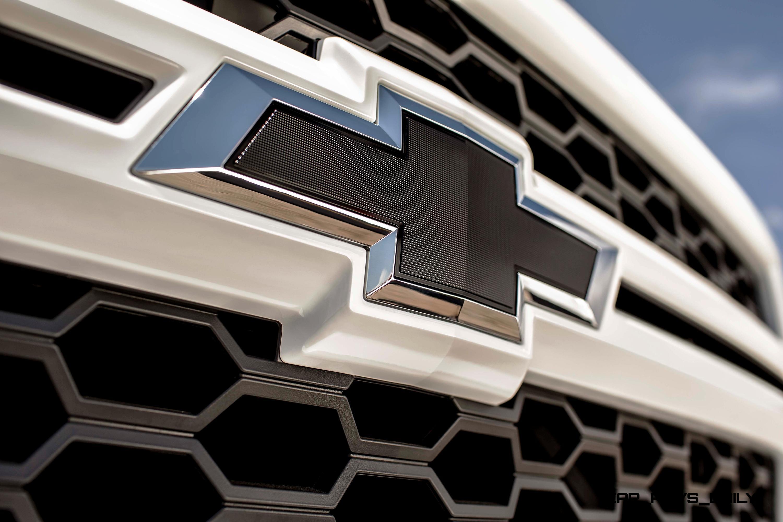 2015 Chevrolet Silverado 1500 Crew Cab Rally Edition Adds